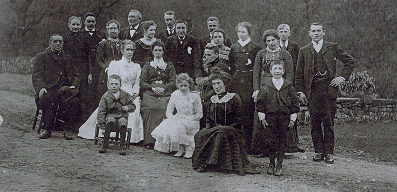 Errwood Hall party (1895)