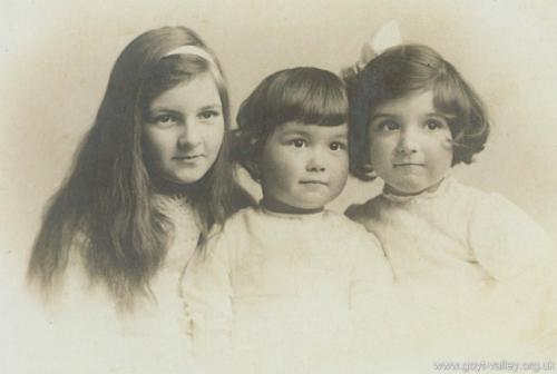 Grimshawe nieces. c.1900.